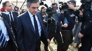 François Fillon en déplacement à Nîmes (Gard), le 2 mars 2017. (PASCAL GUYOT / AFP)