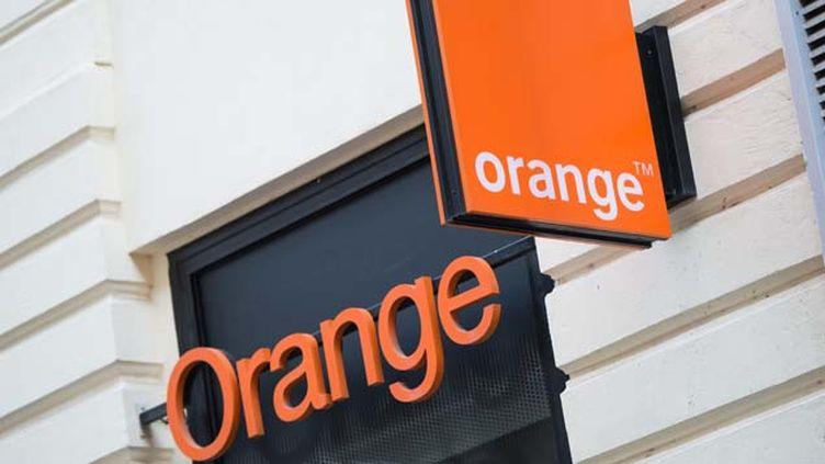 (L'opérateur Orange a un accord avec l'opérateur israëlien Partner lui permettant d'utiliser la marque et l'image d'Orange en échange d'une redevance © MaxPPP)