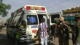 Au Nigéria, deux kamikazes ont fait exploser leur ceinture dans un marché très fréquenté hier, dimanche 11 décembre. Les enquêteurs ont découvert qu'il s'agissait de fillettes de sept ou huit ans. (France 2)