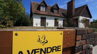 Une maison à vendre à Caen (Calvados). (OLIVIER BOITET / MAXPPP)