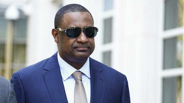 Jeffrey Webb à sa sortie du tribunal (KENA BETANCUR / AFP)
