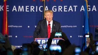 Le candidat républicain à la présidentielle américaine Donald Trump s'adresse à ses supporters, le 7 décembre 2015, à Mount Pleasant(Caroline du Sud). (SEAN RAYFORD / GETTY IMAGES NORTH AMERICA / AFP)