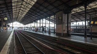 La gare de Toulouse-Matabiau, vidée par la grève, le 5 décembre 2019 à Toulouse (Haute-Garonne). (FREDERIC SCHEIBER / HANS LUCAS / AFP)