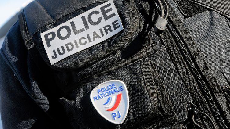 Un agent de la police judiciaire. Photo d'illustration. (VINCENT PEREIRA / MAXPPP)