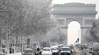 Une vue des Champs-Elysées, à Paris, mercredi 7 février 2018. (CHARLES PLATIAU / X00217)