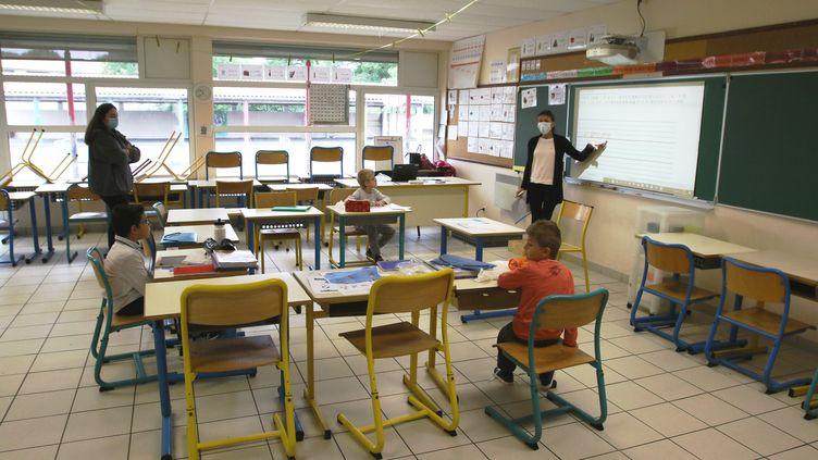 Réouverture des écoles (illustration). (SEBASTIEN LAPEYRERE / MAXPPP)