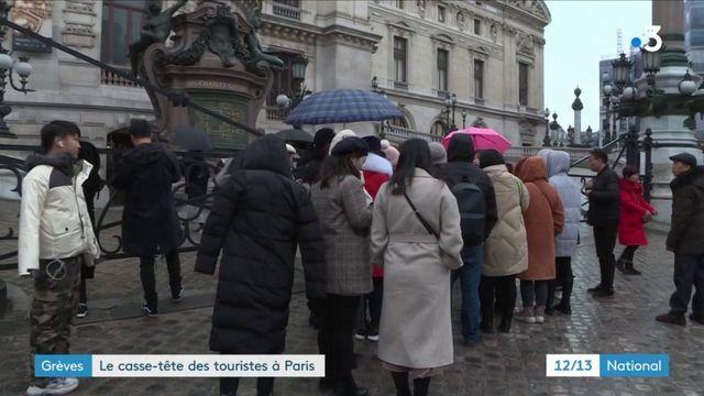 touristes paris grève