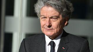 L'ex-ministre de l'EconomieThierry Breton au siège du groupe Atos, dont il est le PDG, à Bezons, le 4 avril 2019. (ERIC PIERMONT / AFP)