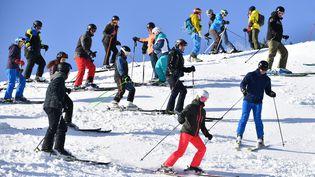 Depuis les années 1950, 169 stations de ski françaises ont fermé, faute d'un enneigement suffisant. (FRANK HOERMANN/SVEN SIMON / SVEN SIMON)