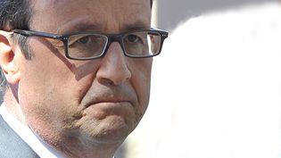 Le président de la République, François Hollande, le 15 août 2014 à Toulon (Var). (BRUNO BEBERT / SIPA)