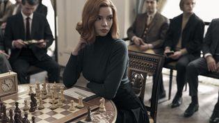 ANYA TAYLOR-JOY est BETH HARMON dans Le jeu de la dame sur Netflix. (CHARLIE GRAY/NETFLIX)