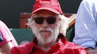 Il a remplacé Jean-Paul Belmondo en tant que mascotte de Roland-Garros. C'est désormais Pierre Richard qui détient le record d'heures passées dans les tribunes du court central... (THOMAS COEX / AFP)