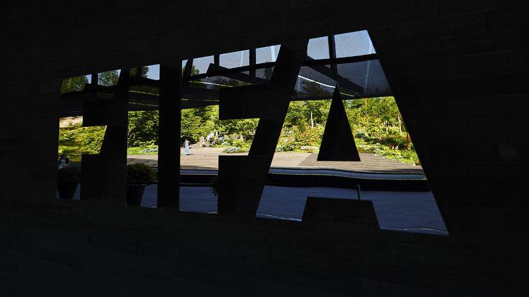 Au siège social de la Fédération internationale de football, le 3 juin 2015, à Zurich (Suisse). (MICHAEL BUHOLZER / AFP)