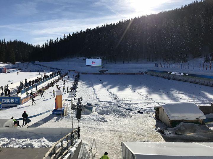 Le site des Championnats du monde de biathlon à Pokljuka en Slovénie (JEROME VAL / FRANCE INFO)