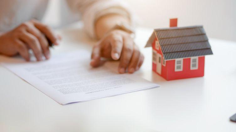 En février 2021, les taux des crédits immobiliers sont orientés de nouveau à la baisse. (GETTY IMAGES  / EYEEM)