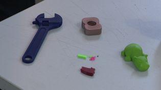 Des étudiants ont inventé une machine pour recycler le plastique utilisé pour les imprimantes 3D (France 3 Auvergne)
