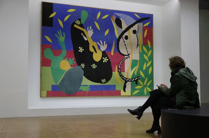 """""""La Tristesse du roi"""" d'Henri Matisse, exposé au Centre Pompidou dans l'exposition """"Matisse, comme un roman"""", octobre 2020 (IAN LANGSDON / EPA / NEWSCOM / MAXPPP)"""