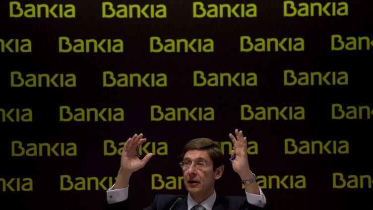Le président de Bankia, Jose Ignacio Goirigolzarri, donne une conférence de presse à Madrid (Espagne), le 26 mai 2012. (DANI POZO / AFP)