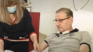 Coronavirus : un patient français soigné en Allemagne pendant huit mois témoigne (CAPTURE ECRAN FRANCE 2)