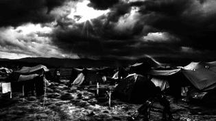 Photo de Yves Salaün dans un camp de migrants  (Yves Salaün )