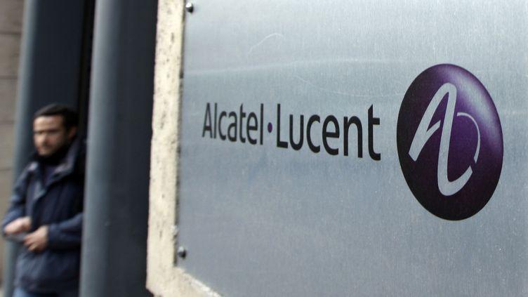 Au siège d'Alcatel-Lucent, le 12 décembre 2008, à Paris. (CHARLES PLATIAU / REUTERS)