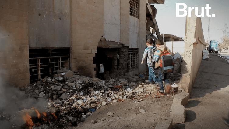 La vie à Mossoul, après plus de 3 ans de destruction (BRUT)