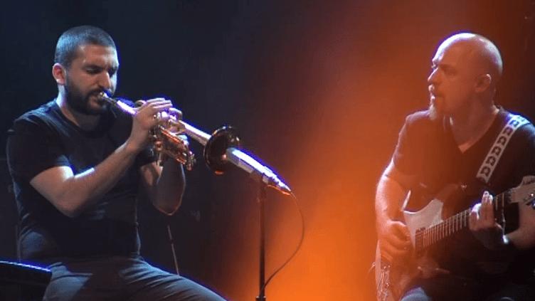 Ibrahim Maalouf et le guitariste François Delporte en concert à Détours de Babel  (France 3 Culturebox)