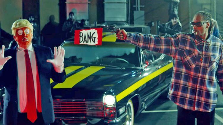 """Snoop Dogg et une parodie de Trump dans le clip """"Lavender"""", sur un titre de BadBadNotGood.  (Saisie écran)"""
