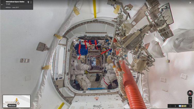 Une image prise àbord de la Station spatiale internationale en mars 2017, sur Google Street View(capture d'écran). (GOOGLE STREET VIEW)