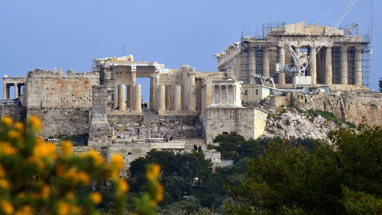 L'Acropole est un des hauts lieux touristiques d'Athènes (Grèce). (LOUISA GOULIAMAKI / AFP)