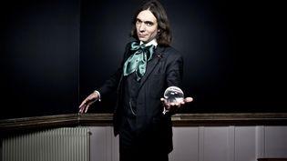 Le mathématicien français Cédric Villani, lauréat en 2010 de la médaille Fields, le 2 mai 2013 à Paris. (STÉPHANE GRANGIER / PRISMAPIX / AFP)