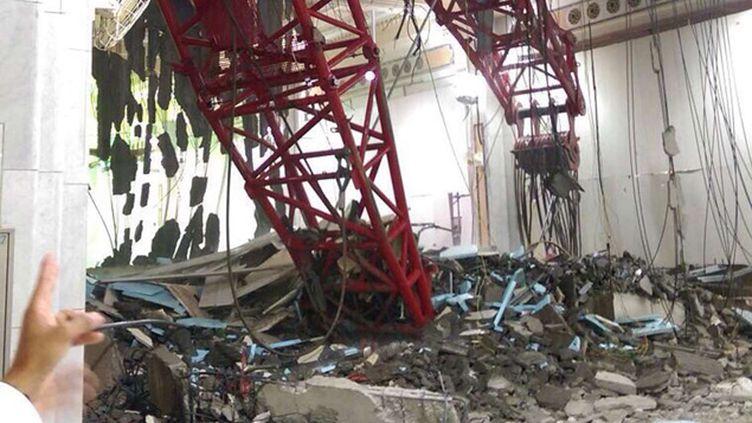 (La grue qui est tombée dans la Grande mosquée de La Mecque © AP/SIPA)