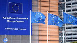 Le bâtiment de la Commission européenne, à Bruxelles, le 17 mai 2020. (DURSUN AYDEMIR / ANADOLU AGENCY / AFP)