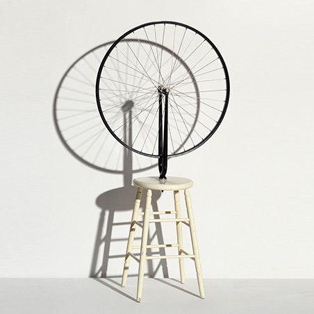 """""""Roue de bicyclette"""", Marcel Duchamp 1913 / 1964  (© Philippe Migeat - Centre Pompidou, MNAM-CCI /Dist. RMN-GP © succession Marcel Duchamp/ Adagp, Paris)"""