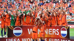 L'équipe féminine des Pays-Bas a remporté la dernière édition de l'Euro de football, le 6 août 2017 àEnschede. (DANIEL MIHAILESCU / AFP)