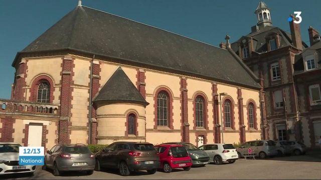 Eure : à Pont-Audemer, les vaccins contre le Covid-19 sont administrés dans une chapelle