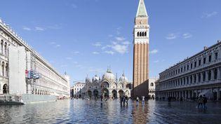 La place Saint Marc à Venise sous les eaux, le 15 novembre 2019 (MARCO SERENA / NURPHOTO)