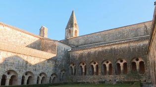 Sobre et élégante, l'abbaye du Thoronet dans le Var a été fondée au XIIe siècle. (FRANCE 2)