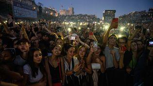 Lomepal en concert aux Francofolies à la Rochelle, le 12 juillet 2019 (XAVIER LEOTY / AFP)