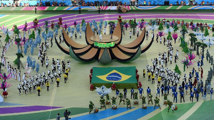 La fête dans l'Arena Corinthians pour la cérémonie d'ouverture de la Coupe du Monde (PEDRO UGARTE / AFP)