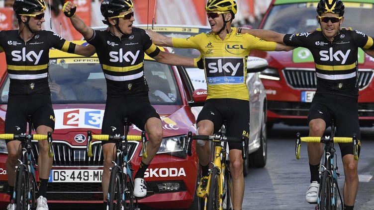 Chris Froome et Sky prêts pour faire le doublé sur Tour-Vuelta (LIONEL BONAVENTURE / AFP)
