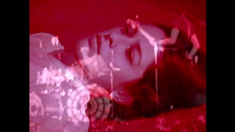 """Photo du film d'Ange Leccia projeté à l'occasion de l'exposition """"Syncopes, extases. Vertiges du temps"""" du FRAC Franche-Comté (FRAC Franche-Comté)"""
