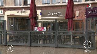 Des restaurants fermés. (France 2)