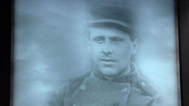 Le képi du caporal Peugeot exposé au mémorial de Haute-Alsace