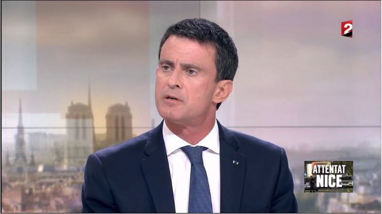 Manuel Valls sur France 2, vendredi 15 juillet 2016. (FRANCE 2)