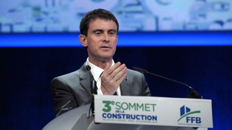 Le Premier ministre, Manuel Valls, le 20 novembre 2014, à Paris. (ERIC PIERMONT / AFP)