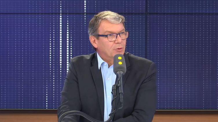 Le directeur général de l'Anses, Roger Genet, sur franceinfo lundi 23 septembre 2019. (FRANCEINFO / RADIOFRANCE)