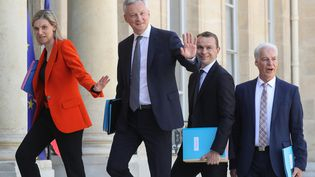 Les ministres délégués Agnès Pannier-Runacher, Olivier Dussopt et Alain Grisetarrive à l'Elysée avec leur ministre de tutelle, le ministre de l'Economie, Bruno Le Maire, mardi 7 juillet 2020. (LUDOVIC MARIN / AFP)