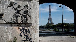 Un travail artistique de Banksy, à Paris, le 29 juin 2018  (Aurélien Morissard / IP3 Press / MaxPPP)