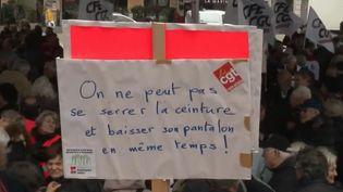 Les retraités manifestent à Marseille (Bouches-du-Rhône) contre la hausse de la CSG. (FRANCE 2)